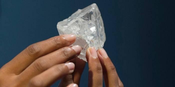 Des milliards de tonnes de diamant gisent sous la surface de la Terre