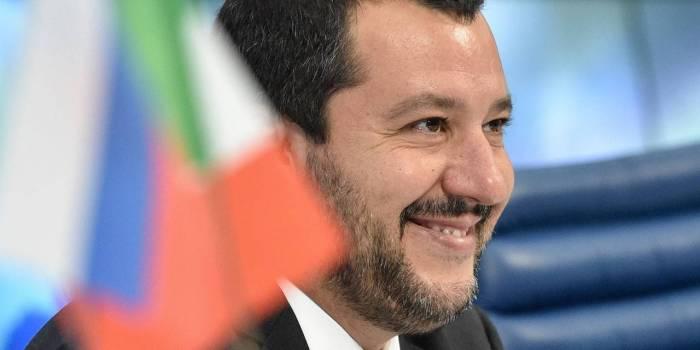 Italie: Salvini porte plainte contre Roberto Saviano