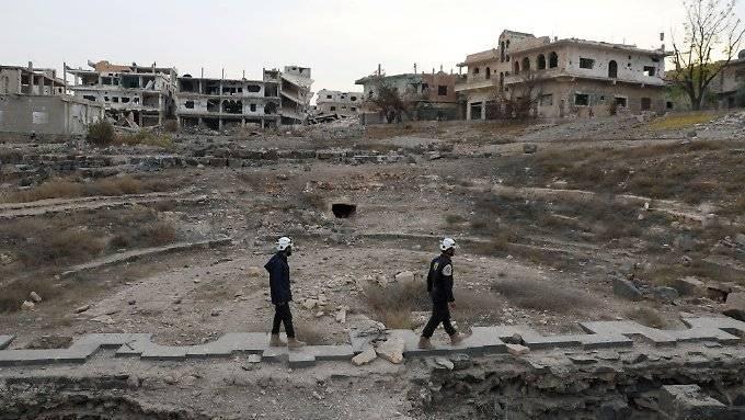 Israel bringt syrische Weißhelme in Sicherheit