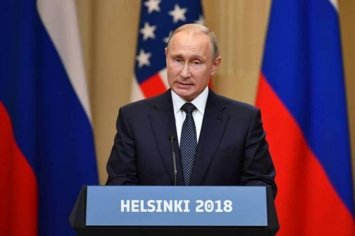"""Poutine : les pourparlers avec Trump """"très réussis et très utiles"""""""
