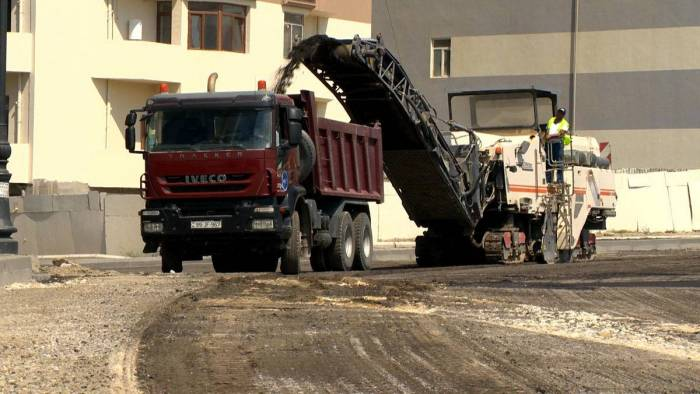 Azerbaijan purchases more than 100 types of road equipment from China