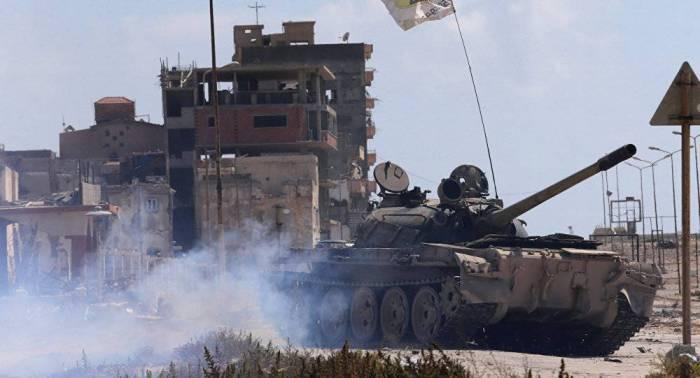Libia  : Emiten una orden de arresto contra el mariscal Haftar