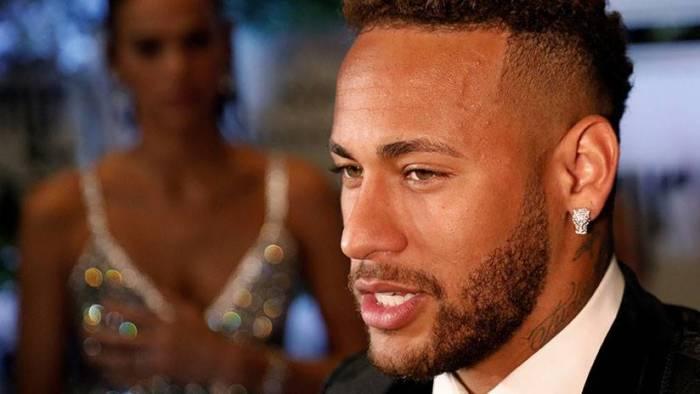 Neymar rompe el silencio y confirma en qué club jugará la próxima temporada