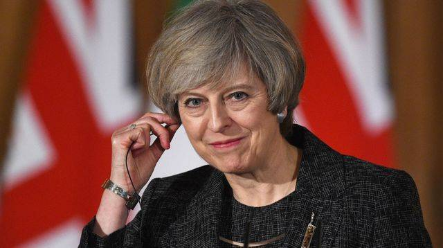 Theresa May accepte quatre amendements des partisans d