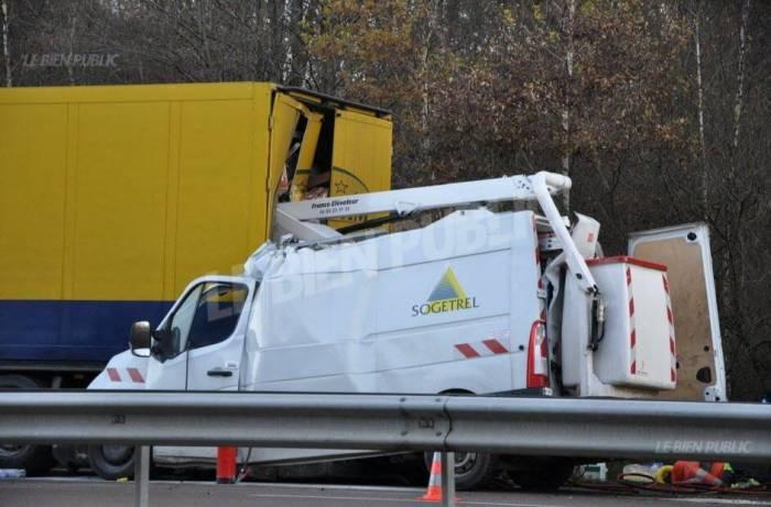 Ukraine: dix morts dans une collision entre un car et un camion