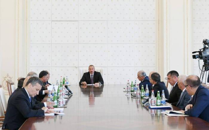 Azerbaijani president holds meeting related to situation with energy system