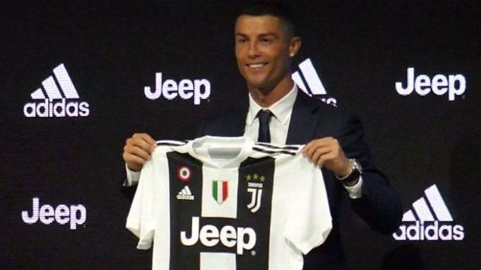 رونالدو بعد التوقيع ليوفنتوس: اللاعبون في مثل سني يذهبون إلى قطر أو الصين