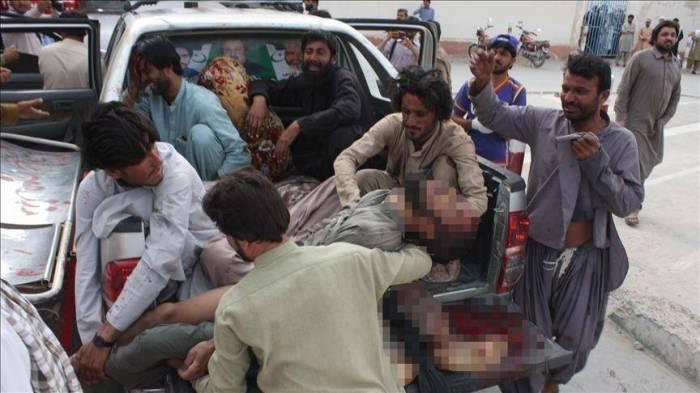 باكستان.. حداد عام في بلوشستان بعد هجوم أوقع 128 قتيلا