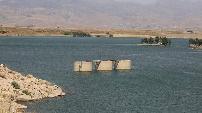 İran qonşu ölkələri susuz və işıqsız qoydu
