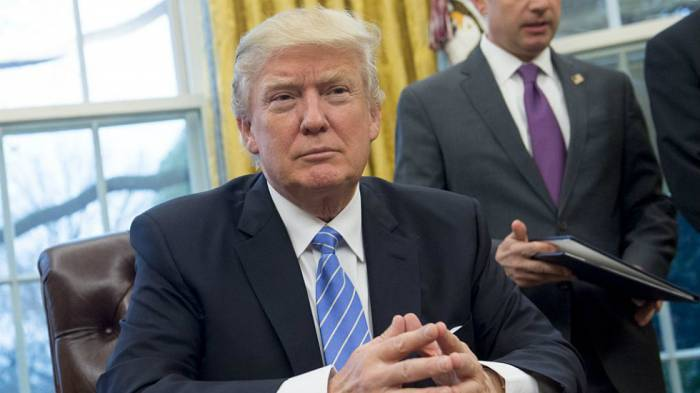 Trump offre un statut temporaire à des migrants en échange du financement du mur