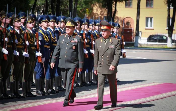 Nəcməddin Sadıkov belaruslu həmkarı ilə görüşüb -