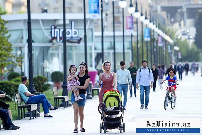 Bakı əhalisinin sayı açıqlandı: Qadınlar kişilərdən çoxdur