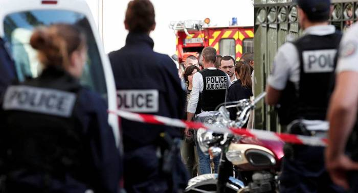 Young man drives car into crowd near night club in France - Reports