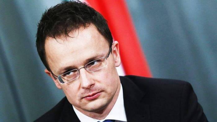Macarıstanla İsveç arasında diplomatik qalmaqal