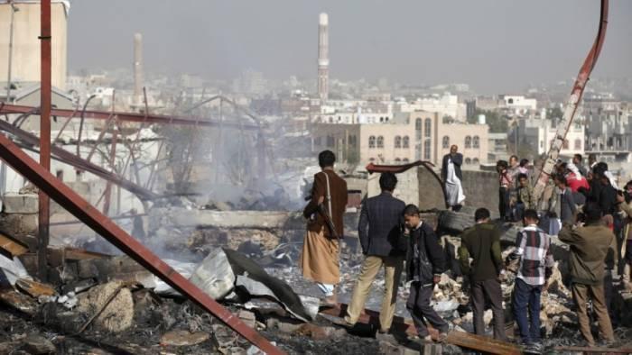 Ərəbistan Yəməni bombalayıb, 39 nəfər ölüb