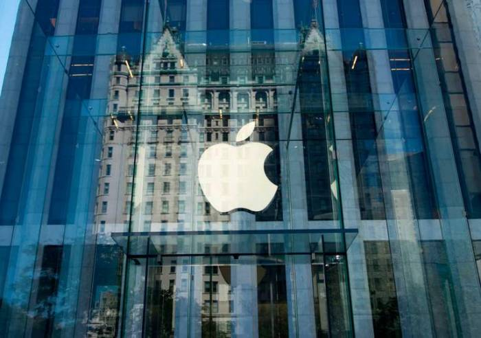 Apple earnings beat expectations in quarterly report