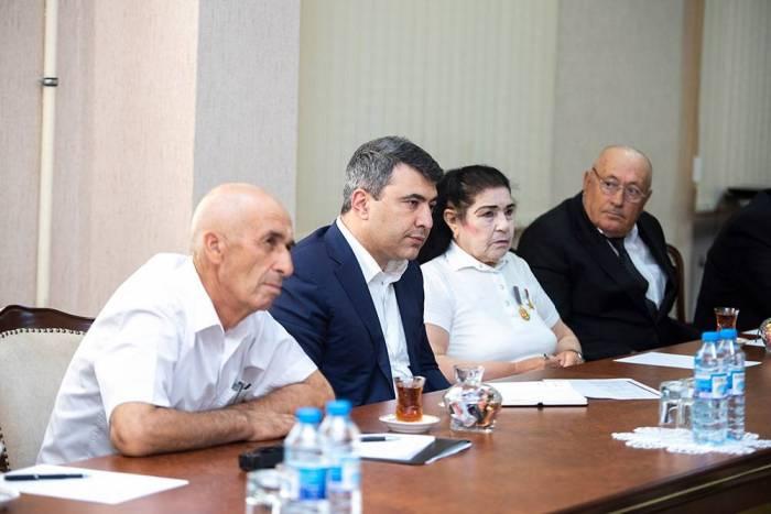 """""""Məqsədimiz odur ki, fermerlər daha çox qazansınlar"""" - İnam Kərimov"""