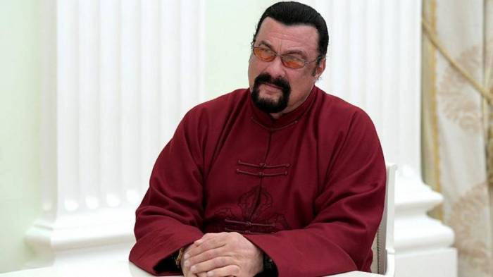 Steven Seagal appointed by Russian foreign ministry as envoy for humanitarian ties with US