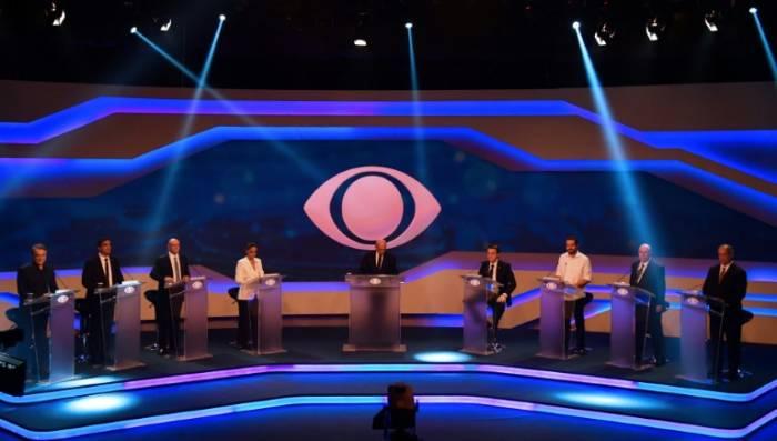En ausencia de Lula, el primer debate presidencial muestra un Brasil dividido