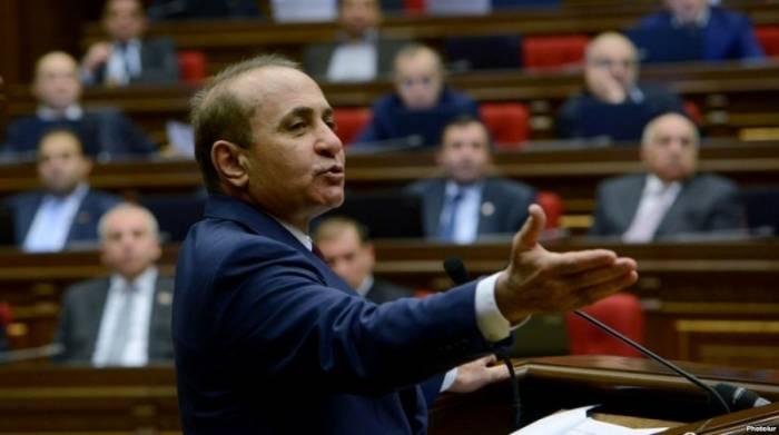 Armenien: Bruder des Ex-Premierministers verhaftet