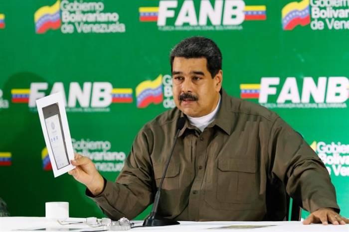 Maduro pide ayuda extranjera ante el atentado y culpa al expresidente Santos