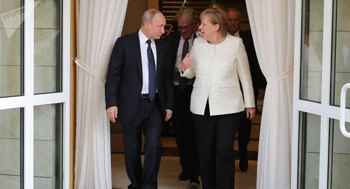 Präsident Putin kommt am 18. August nach Deutschland