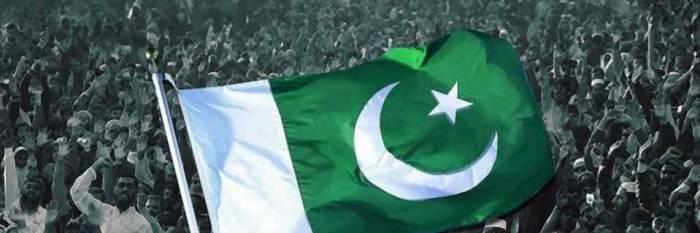 Pakistán celebra su independencia a la espera de un nuevo primer ministro