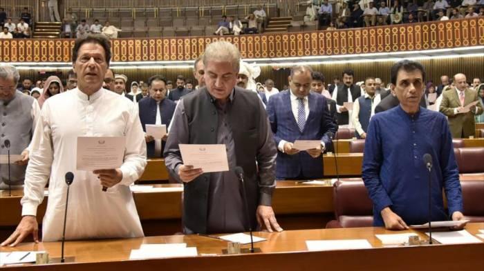 Premier de Paquistán expresa su apoyo a Turquía contra EEUU