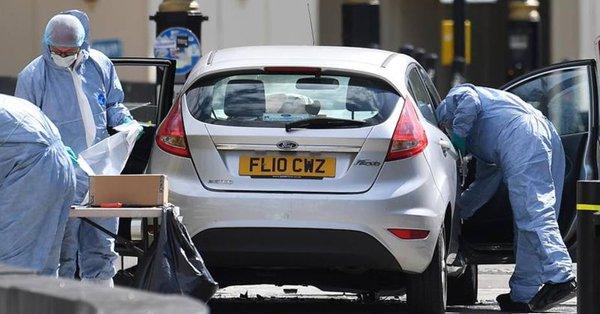 La Policía registra tres propiedades en relación con el atropello en Londres