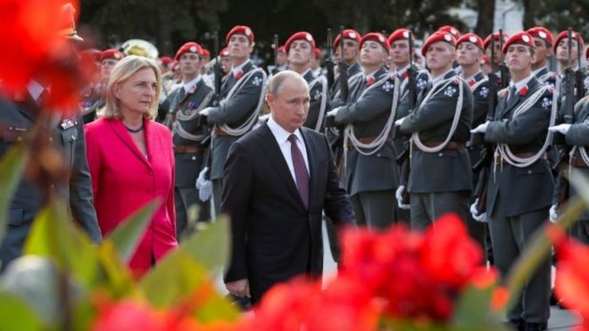 Putin to be surprise guest at Austria minister