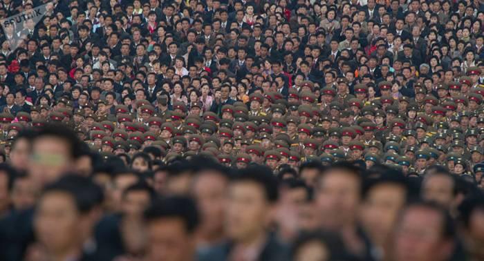 """""""Sie versuchen, unser Volk zu ersticken"""" – Kim Jong-un"""