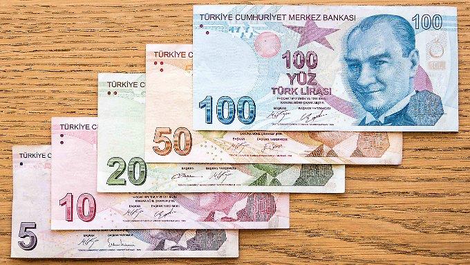 Agenturen blicken pessimistisch auf Türkei
