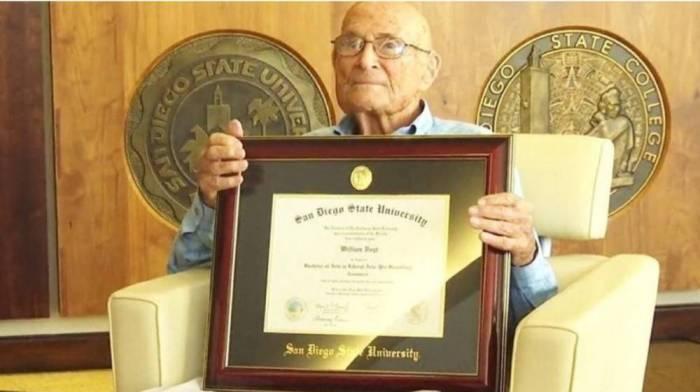 105 yaşlı kişi hərbçi diplomunu 83 ildən sonra aldı