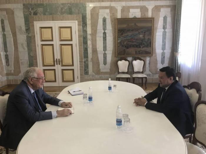 Azerbaijan, Kyrgyzstan discuss bilateral relations