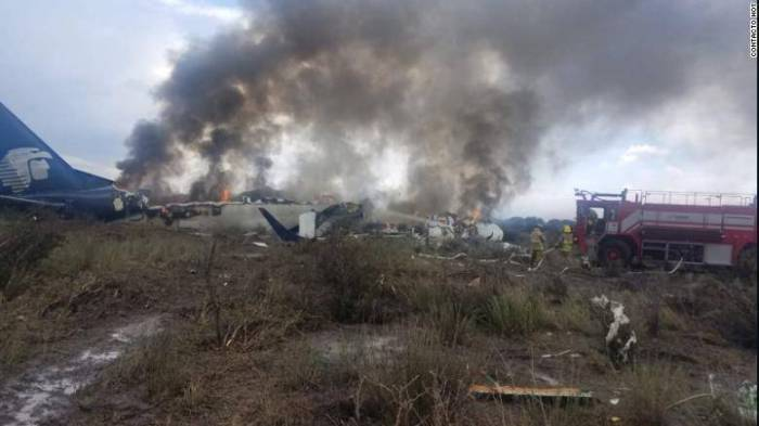 Aeroméxico plane crashes in northwest Mexico with 103 aboard; no fatalities