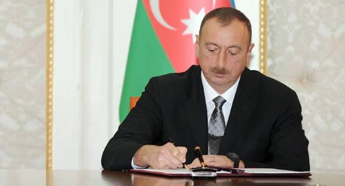"""Prezident Natiq Əliyevi """"Şöhrət"""" ordeni ilə təltif edib"""