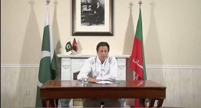 في أول قراراته… عمران خان يدعو مواطنيه للتقشف والأغنياء لدفع الضرائب