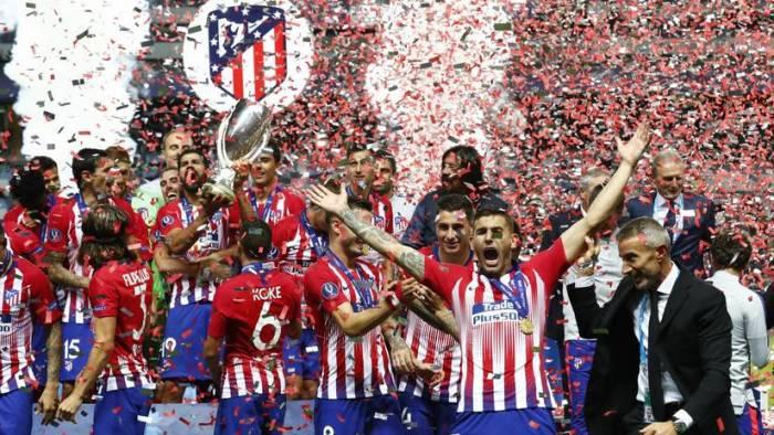El Atlético gana la Supercopa al vencer al Real Madrid en tiempo añadido