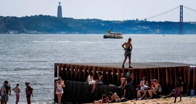 3 dead in Spain as Europe wilts under record heatwave