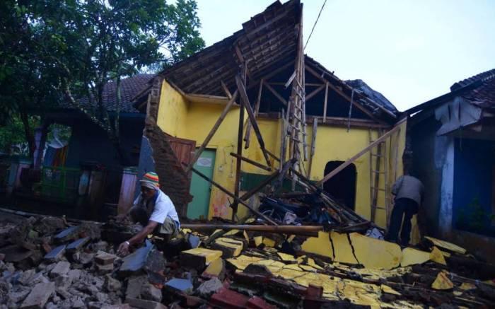 L'Indonésie secouée par un séisme de magnitude 6,5