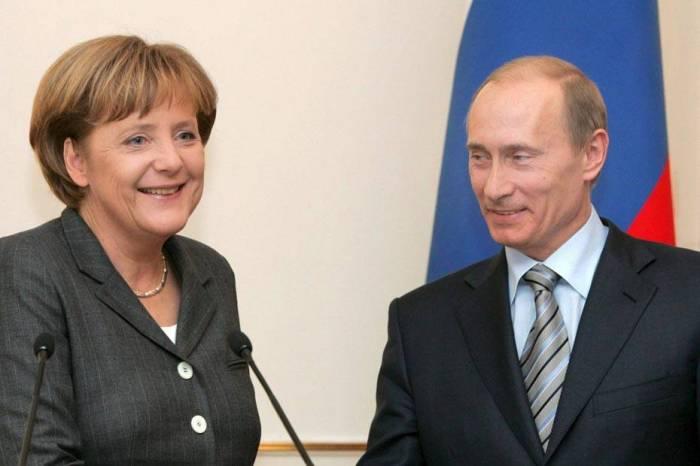 Le Kremlin explique pour quelle raison Poutine va rencontrer Merkel