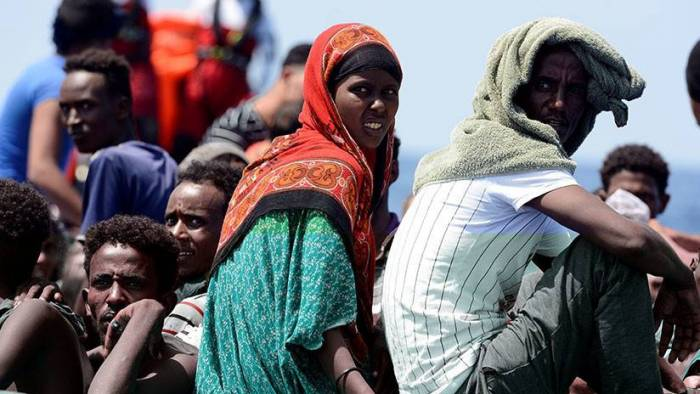 El buque Aquarius pide a países europeos que asignen un lugar seguro para 141 migrantes rescatados