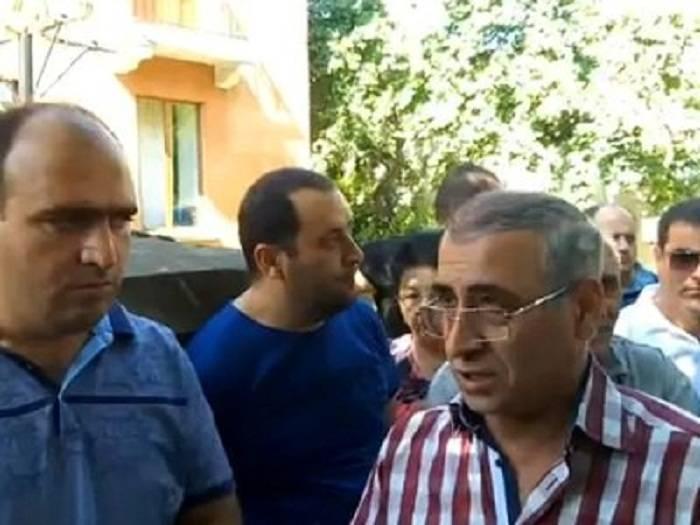 Ermənistanda biznesmenlər aksiya keçirir
