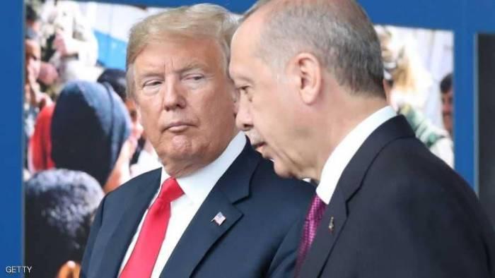 """أردوغان يعلنها: الولايات المتحدة """"تطعننا في الظهر"""""""