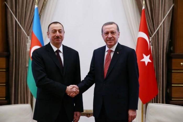 Leprésident Aliyeva félicité Recep Tayyip Erdogan