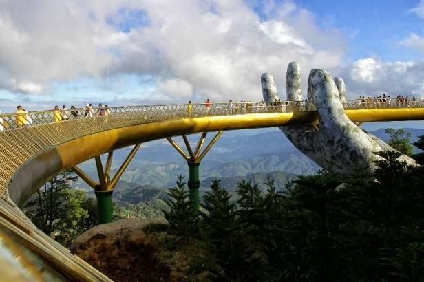 Une attraction spectaculaire inaugurée au Vietnam - VIDEO