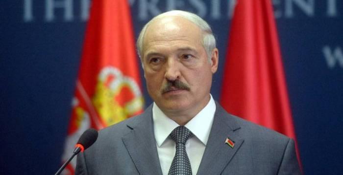Bélarus : Loukachenko limoge son Premier ministre