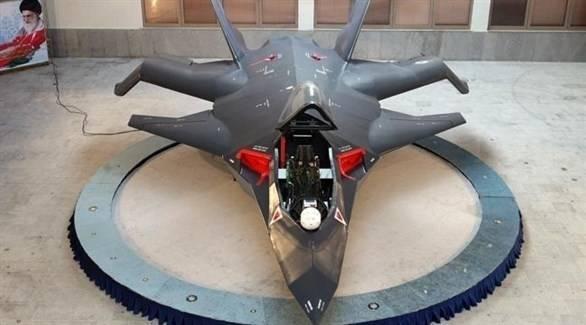 إيران تكشف عن أول مقاتلة حربية محلية الصنع