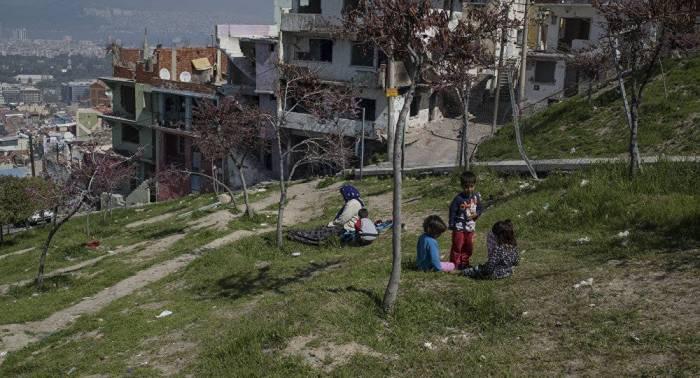Casi 90 refugiados regresan a Siria desde Líbano en un día