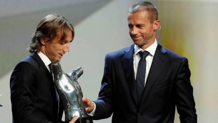 """Representante de Ronaldo: Es """"simplemente ridículo"""" considerar a Modric el mejor jugador del año"""